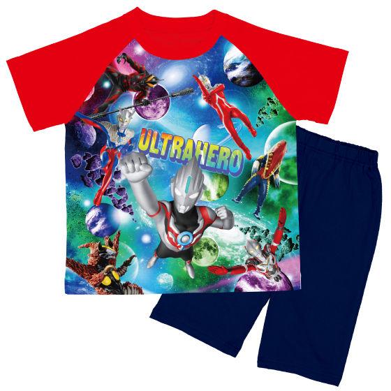 ウルトラヒーロー 勇気がでる!光るパジャマ