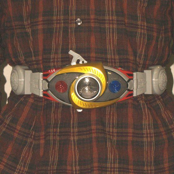 レジェンドライダーシリーズ 変身ベルト 仮面ライダーアギト(別売り)を装着正面