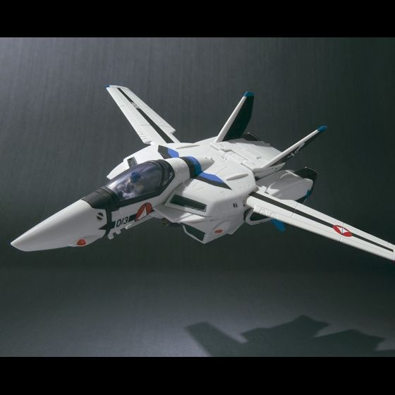 VF HI-METAL VF-1Aバルキリー(マクシミリアン・ジーナス機)