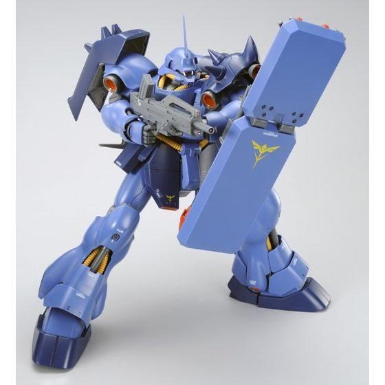 MG 1/100 ギラ・ドーガ(レズン・シュナイダー専用機)