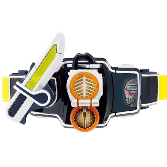 DX戦極ドライバーでマツボックリロックシードを斬って変身! ※画像はイメージです ※本商品のセット品以外は全て別売りです
