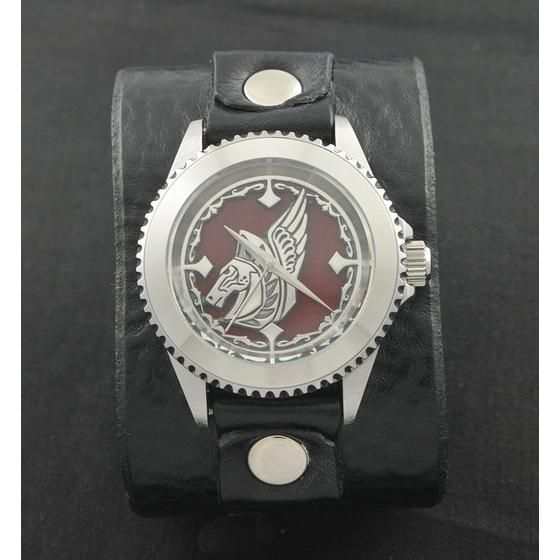 聖闘士星矢 LEGEND of SANCTUARY x red monkey designs Collaboration Wristwatch 星矢モデル