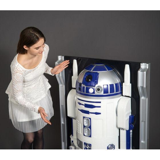 3Dウォールフィギュア スター・ウォーズ1/1 R2—D2(等身大R2-D2)(3D WALL FIGURE 1/1 R2-D2)