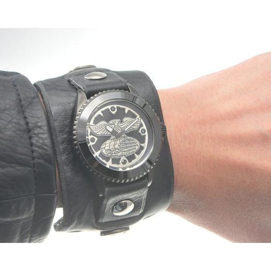 ���ʃ��C�_�[ �V���b�J�[ �~ Red Monkey Collaboration Wristwatch�@Silver925 High-End model�@2015