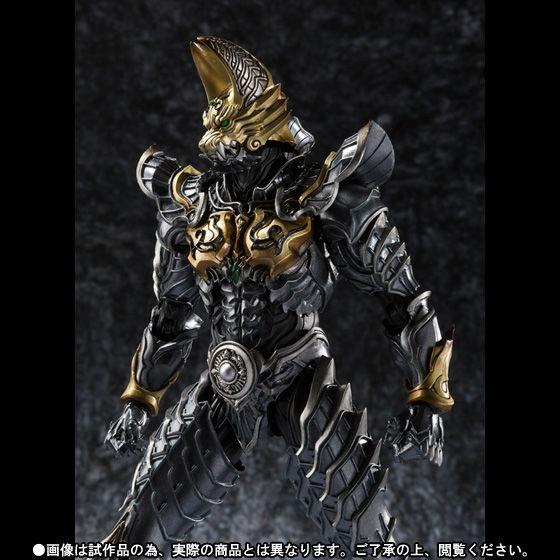 【抽選販売】魔戒可動 黄金騎士 ガロ 流牙Ver