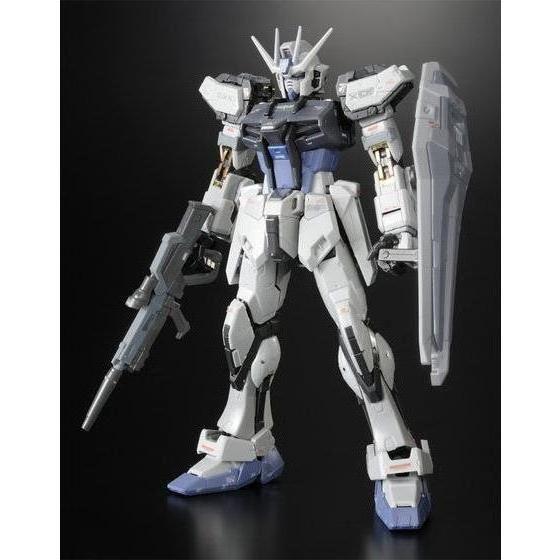 RG 1/144 GAT-X105ストライクガンダム ディアクティブモード 【再販】