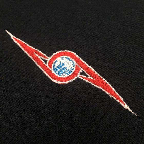 ウルトラマンシリーズ ウルトラセブン シルエットジップパーカー