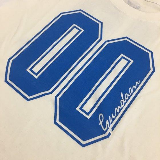 機動戦士ガンダム00 10th Tシャツ 白 【2017年9月発送】