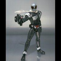 S.H.フィギュアーツ 仮面ライダースカルクリスタル