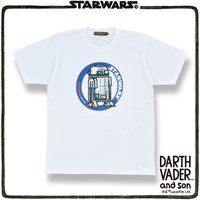 DARTH VADER and son R2-D2 Tシャツ