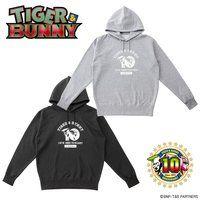 TIGER & BUNNY  フーディー 10周年ロゴ柄