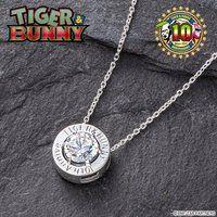 TIGER & BUNNY Wフェイス キュービックペンダント 10周年デザイン