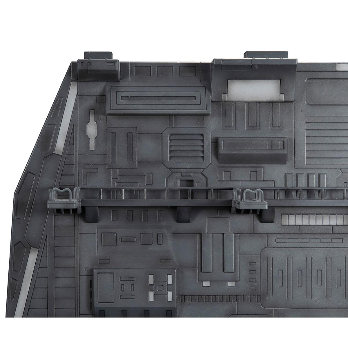 Realistic Model Series 1/144《機動戰士鋼彈》白色基地彈射甲板(ホワイトベースカタパルトデッキ) Renewal edition
